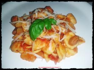 Orecchiette patate e fagioli